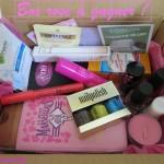 Une jolie box «rose» (ou presque) pleine de produits à gagner !