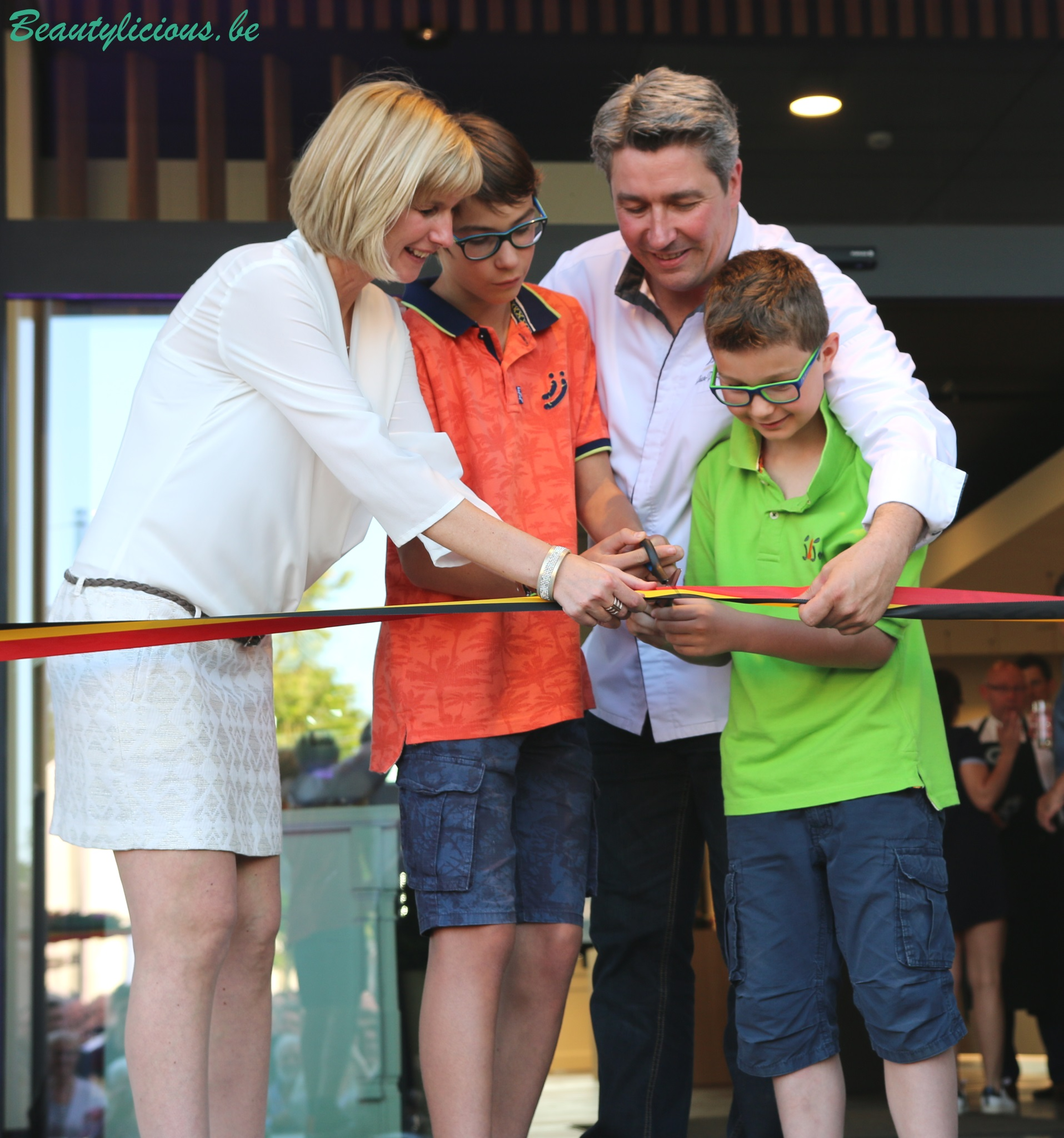 La chocolaterie de jean philippe darcis l incontournable for Jean dujardin et ses enfants